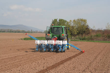Monosem Precision Twin-Row Sync-Row Planter®